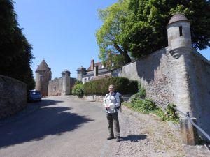Alfred-de-Zayas-Burgundy2