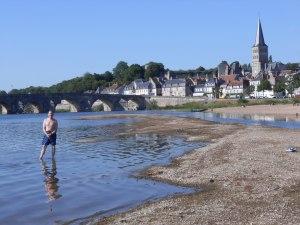 Alfred-de-Zayas-Burgundy5